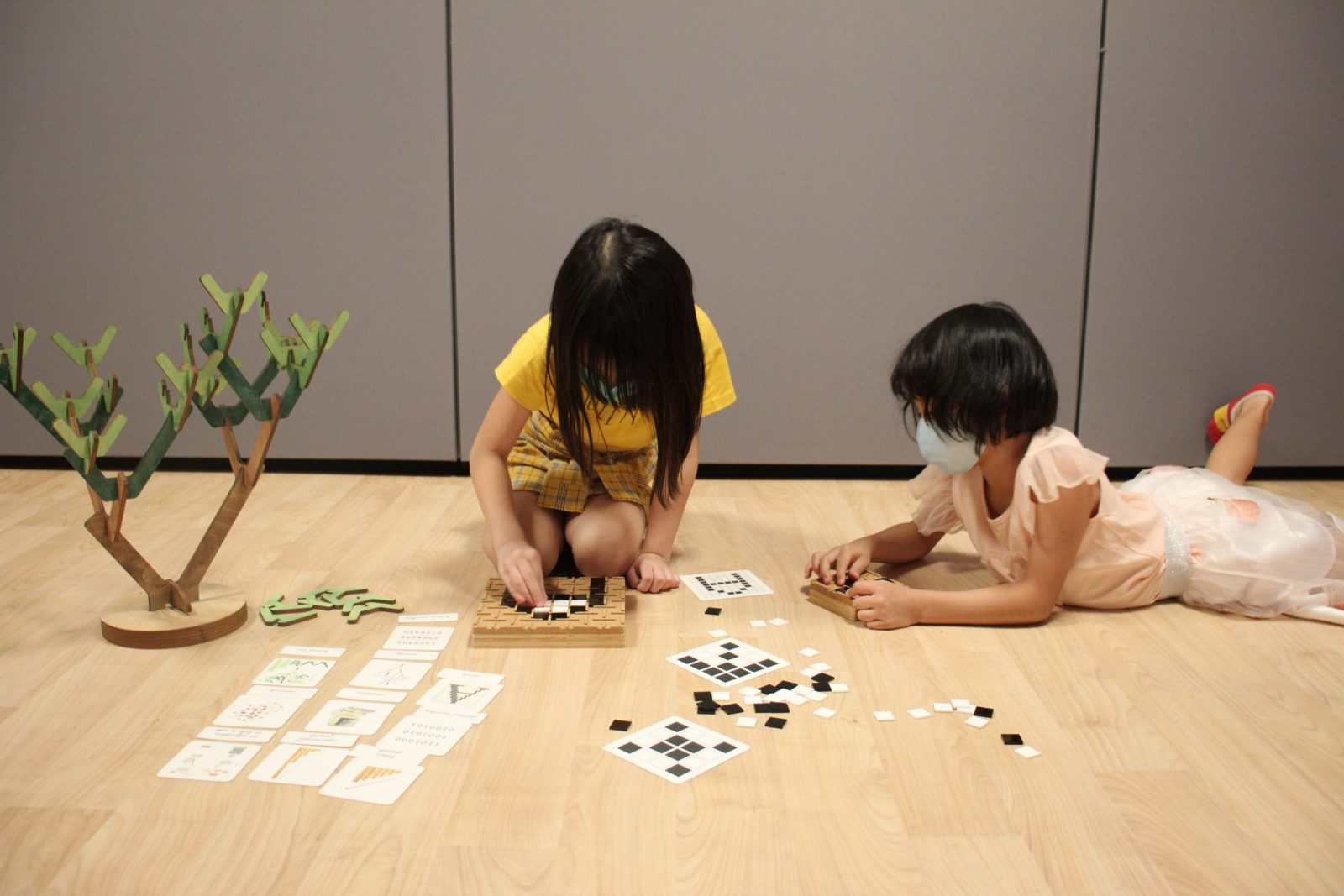 Two girls playing with Screen-Free Learning Beautiful toys