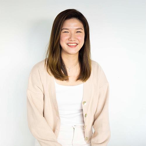 Team Photo - Lynn Kiew, Lead Educator